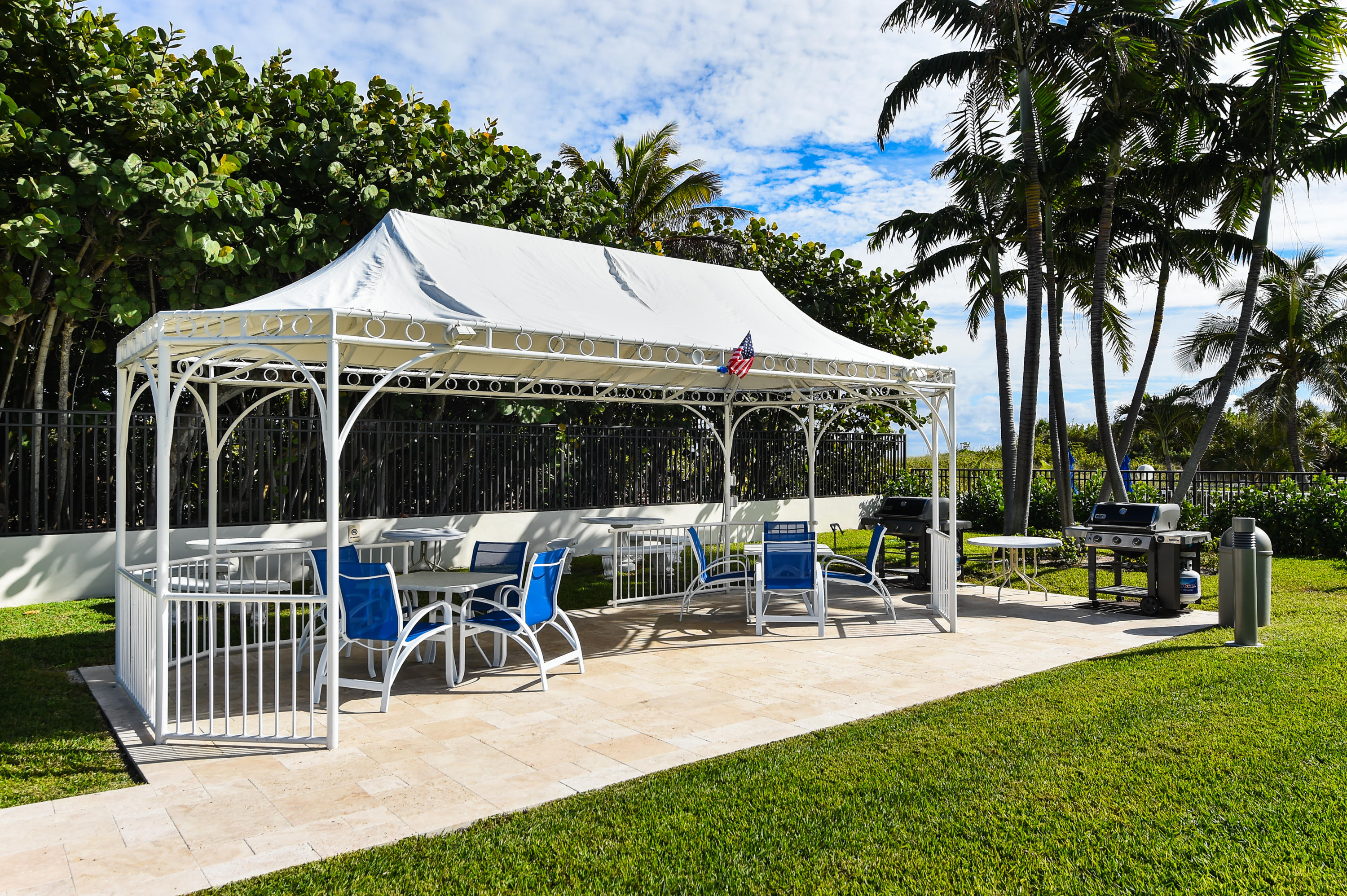 PALM BEACH SHORES PROPERTY