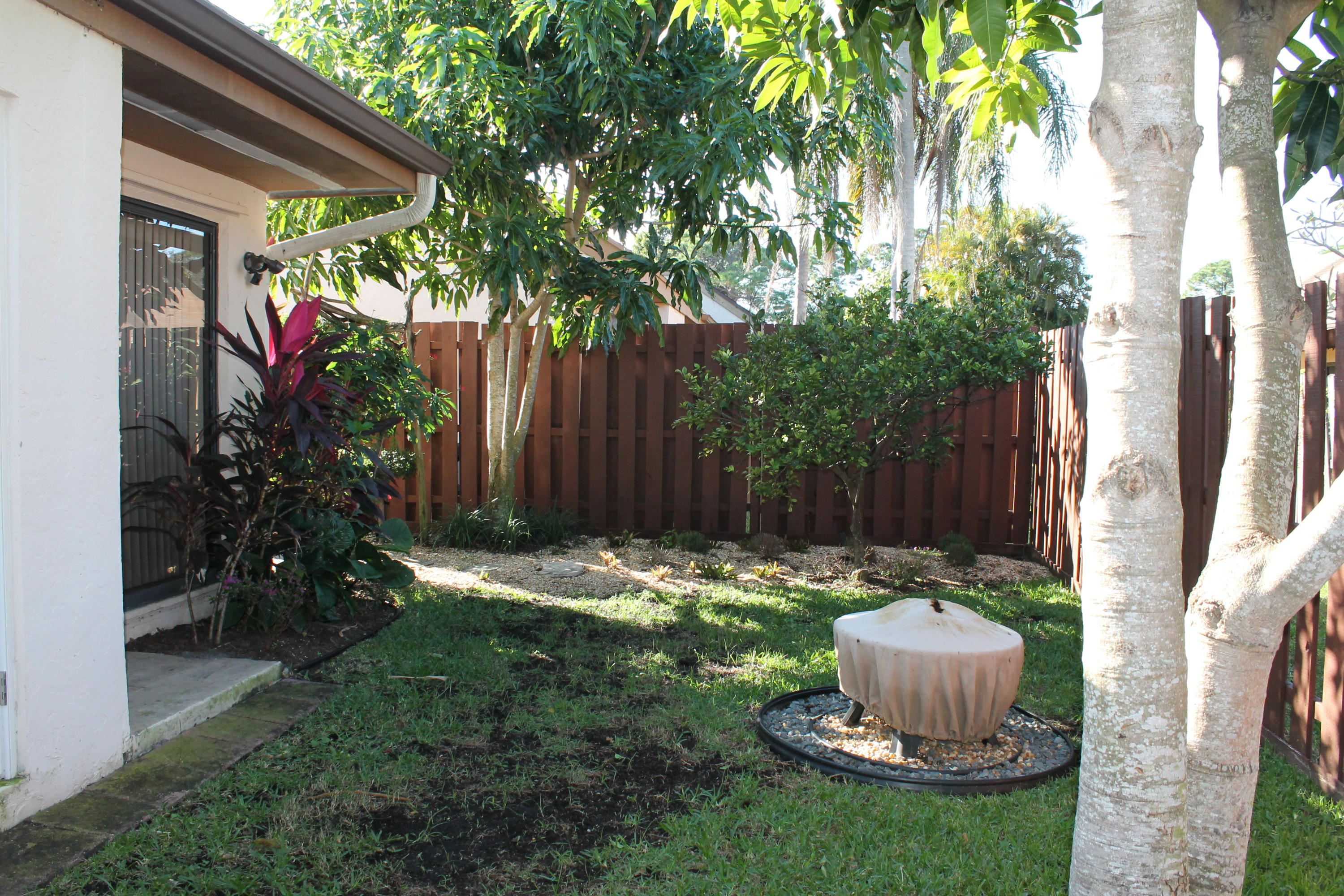 GARDENS OF WOODBERRY PALM BEACH GARDENS REAL ESTATE