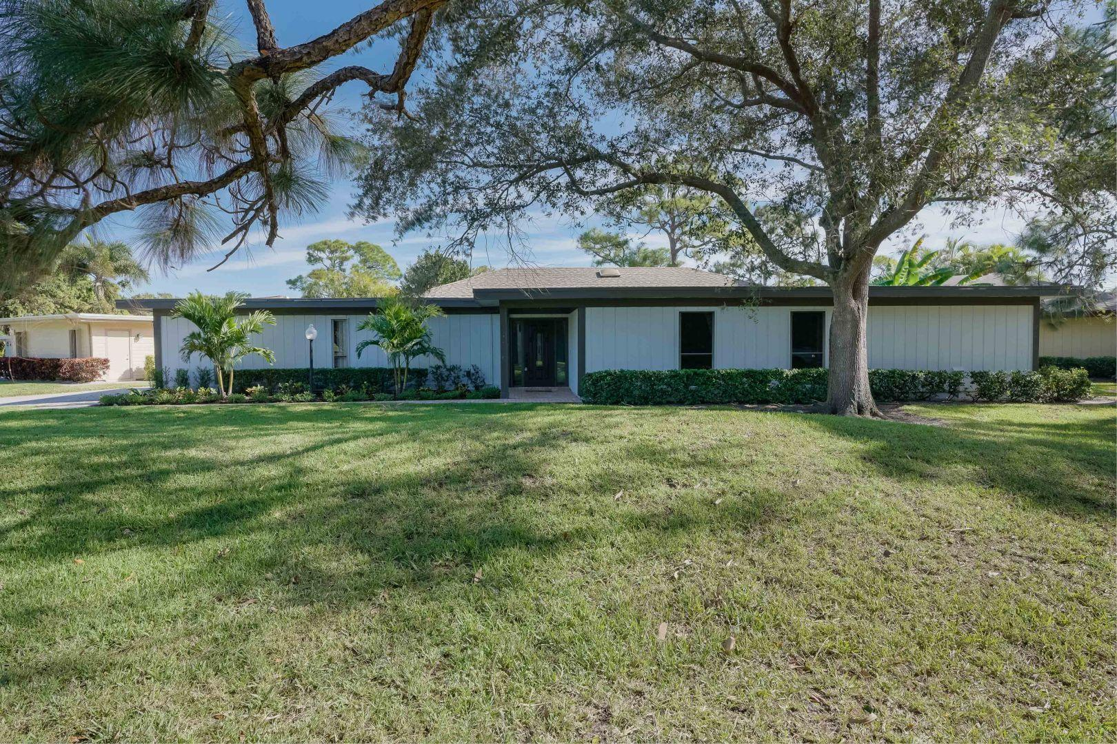 13264 Whispering Lakes Lane, West Palm Beach, Florida 33418, 3 Bedrooms Bedrooms, ,2.1 BathroomsBathrooms,A,Single family,Whispering Lakes,RX-10490368