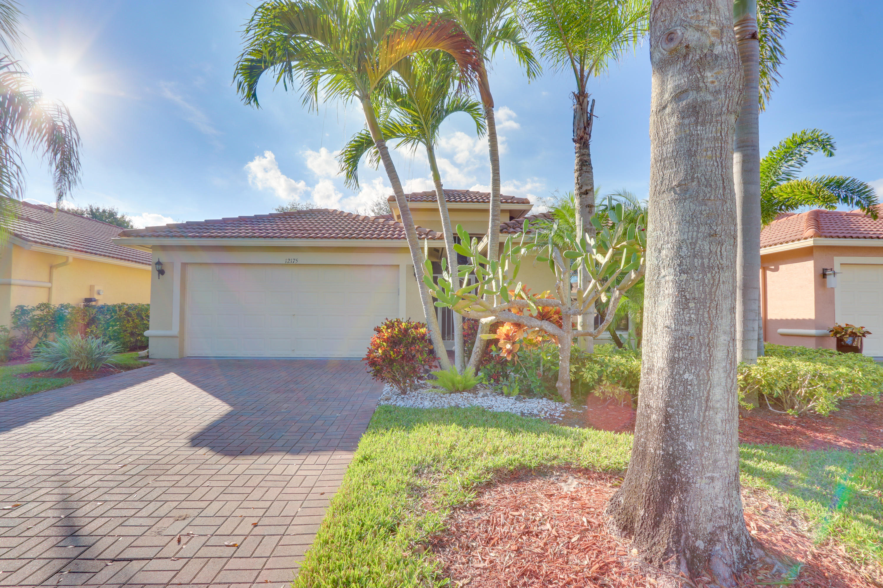 12175 Roma Road Boynton Beach, FL 33437 photo 2