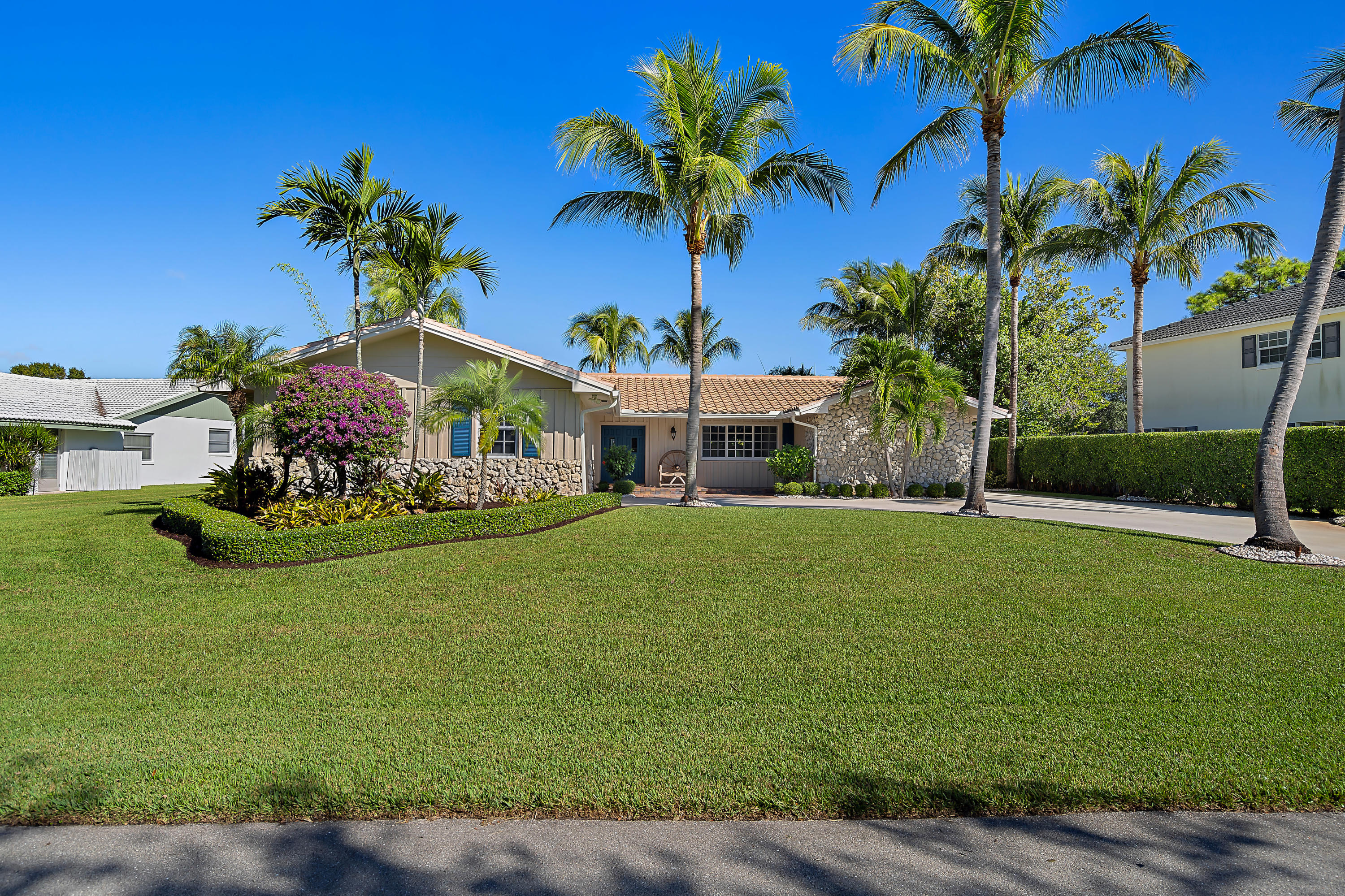 4161 Hickory Drive, Palm Beach Gardens, Florida 33418, 3 Bedrooms Bedrooms, ,3 BathroomsBathrooms,A,Single family,Hickory,RX-10490830