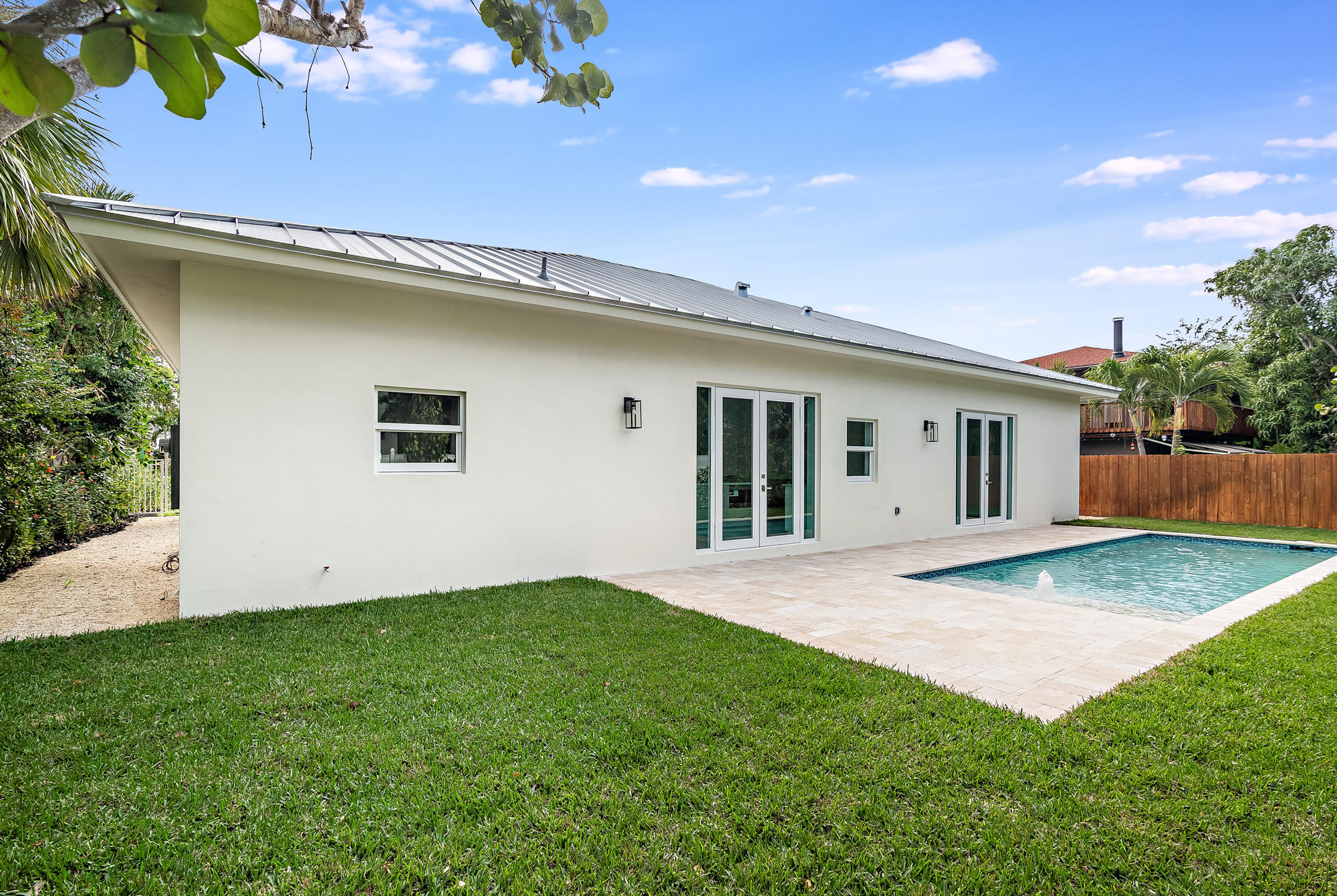 EDGEWATER HOMES FOR SALE