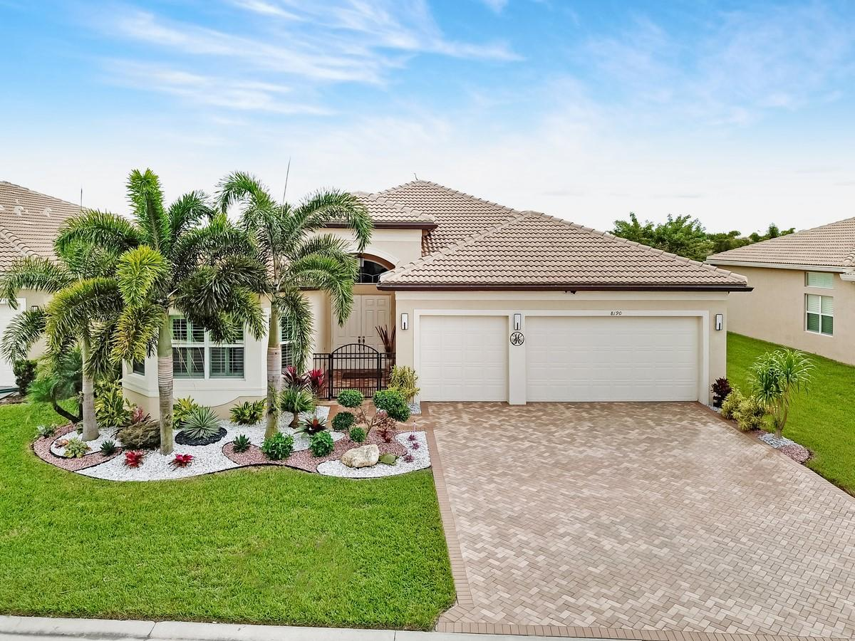 VALENCIA COVE home 8190 Alpine Ridge Road Boynton Beach FL 33473