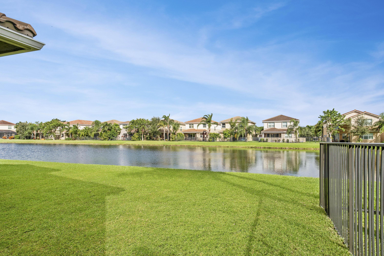8452 Calabria Lakes Drive Boynton Beach, FL 33473 photo 31