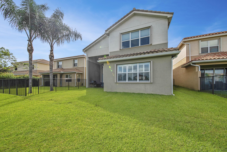 8452 Calabria Lakes Drive Boynton Beach, FL 33473 photo 34