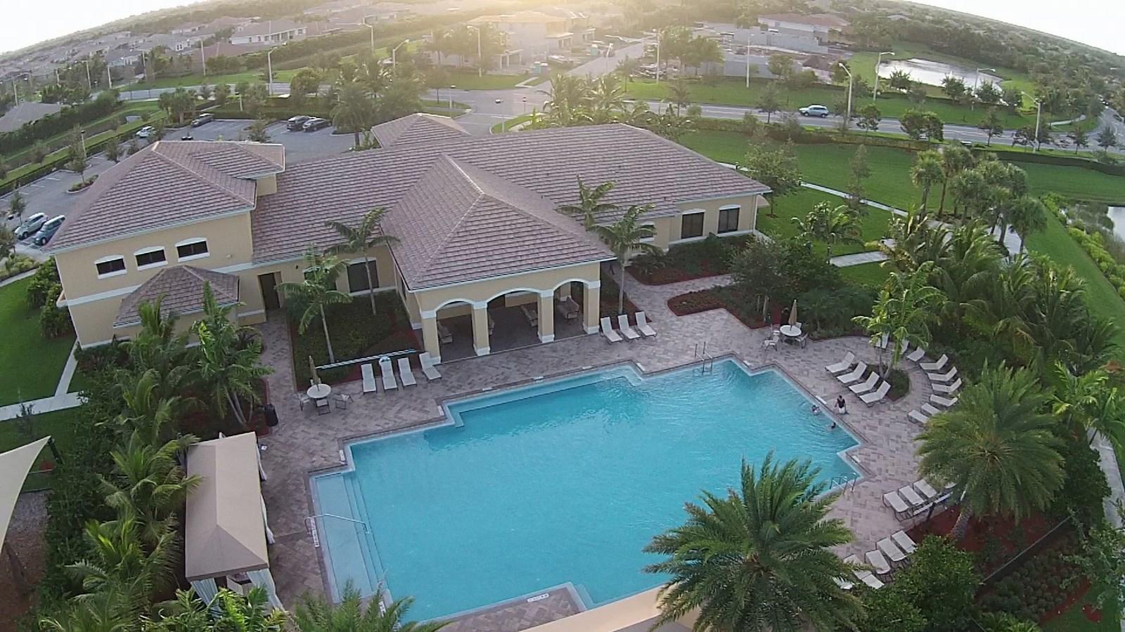 8452 Calabria Lakes Drive Boynton Beach, FL 33473 photo 49