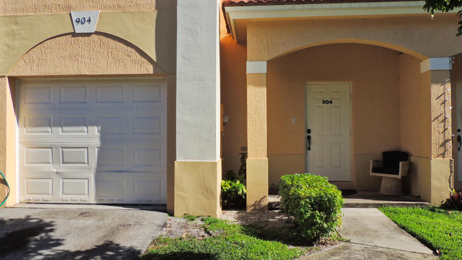 Home for sale in ESTANCIA AT PALM SPRINGS Palm Springs Florida