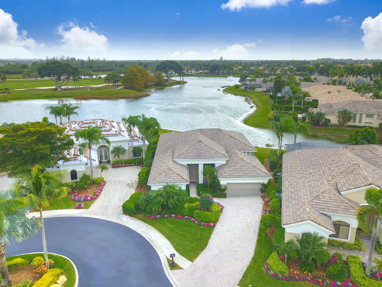 10230 Blue Heron Cove West Palm Beach, FL 33412 photo 2