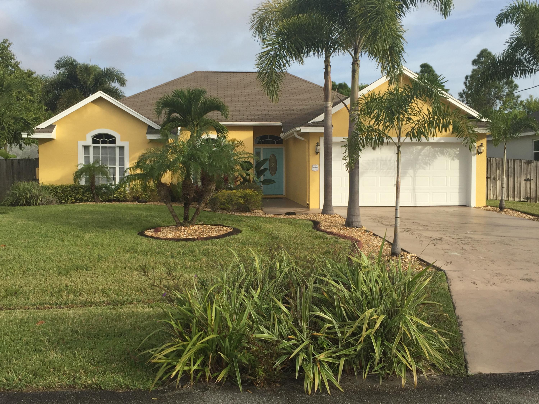 5689 NW Croton Avenue  Port Saint Lucie FL 34986