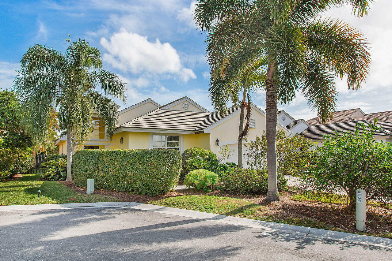 8284 Bob O Link Drive West Palm Beach, FL 33412 photo 4