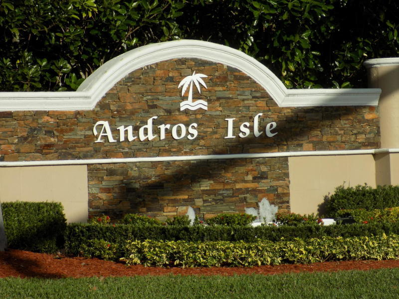 2673 Pyes Harbour West Palm Beach, FL 33411
