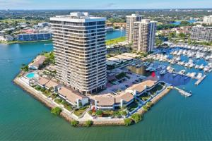 OLD PORT COVE LAKE POINT TOWER CONDO home 100 Lakeshore Drive North Palm Beach FL 33408