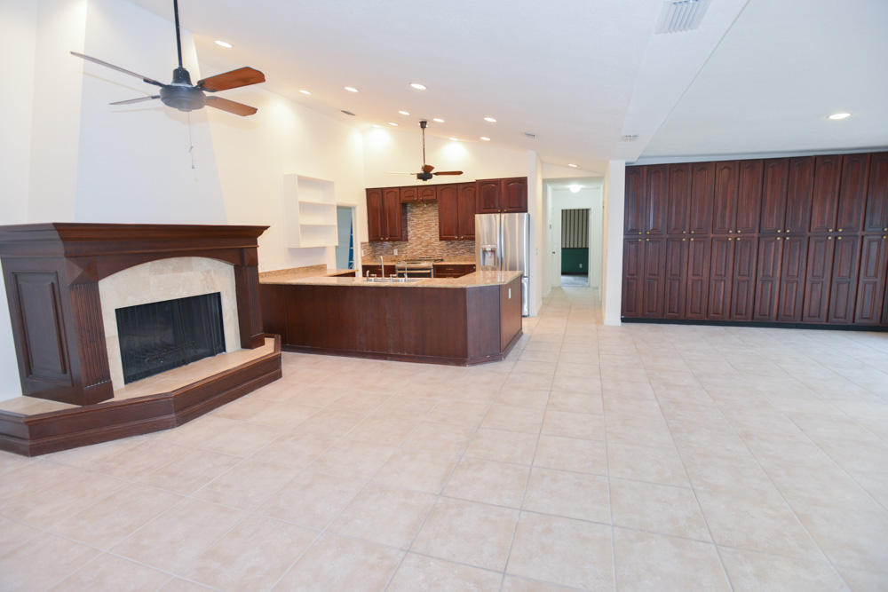 WOODLAND LAKES HOMES FOR SALE