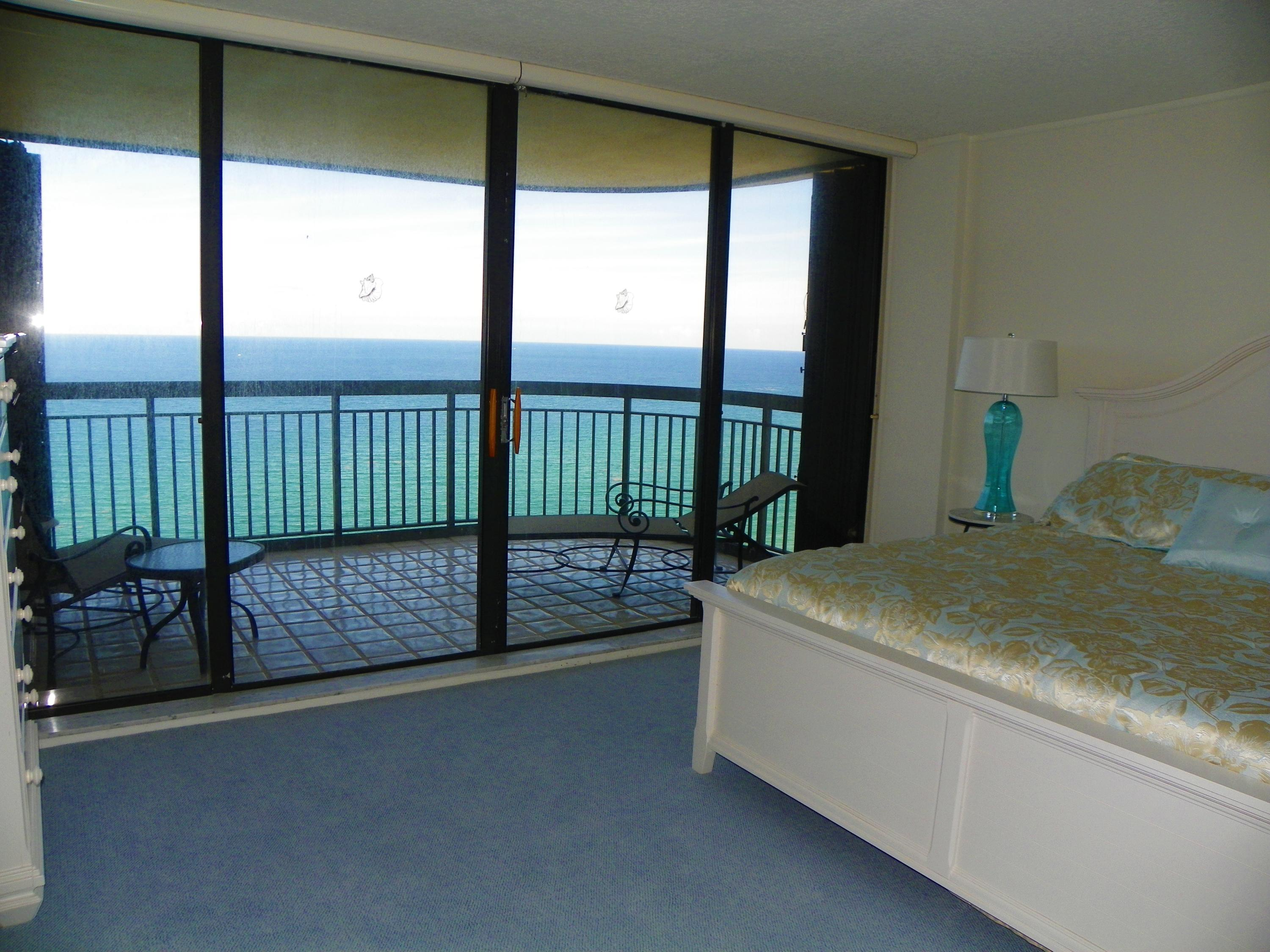 5380 Ocean Drive 19i, Riviera Beach, Florida 33404, 3 Bedrooms Bedrooms, ,3 BathroomsBathrooms,A,Condominium,Ocean,RX-10491195