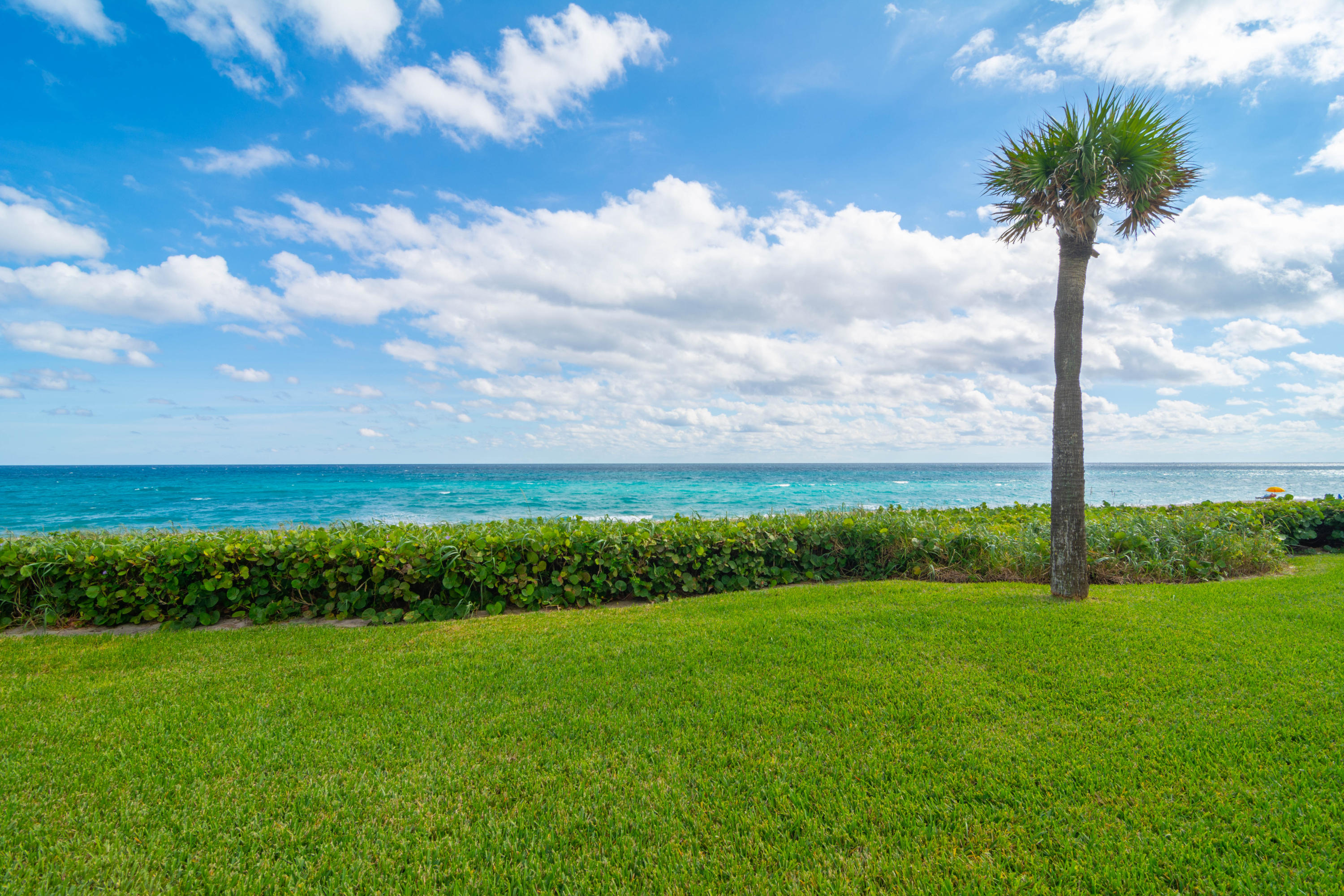 2500 S Ocean Boulevard, 2 D 1 - Palm Beach, Florida