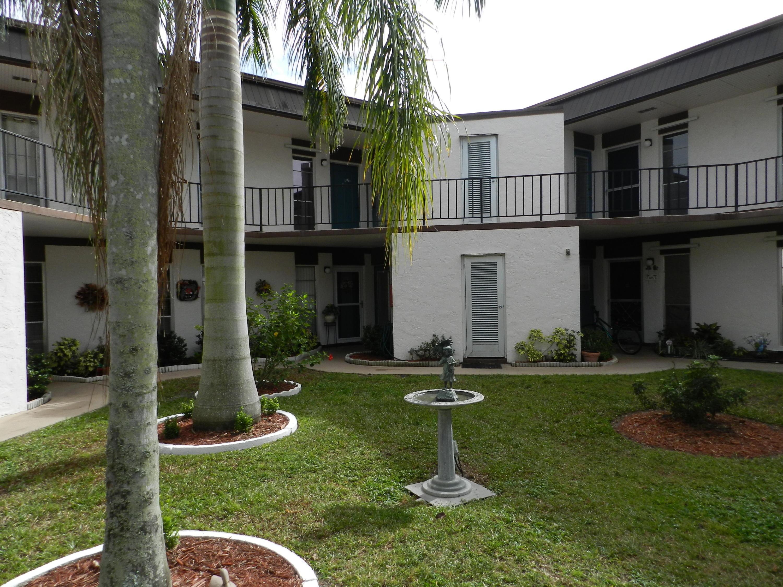 3 Greenway Village N, 104 - Royal Palm Beach, Florida