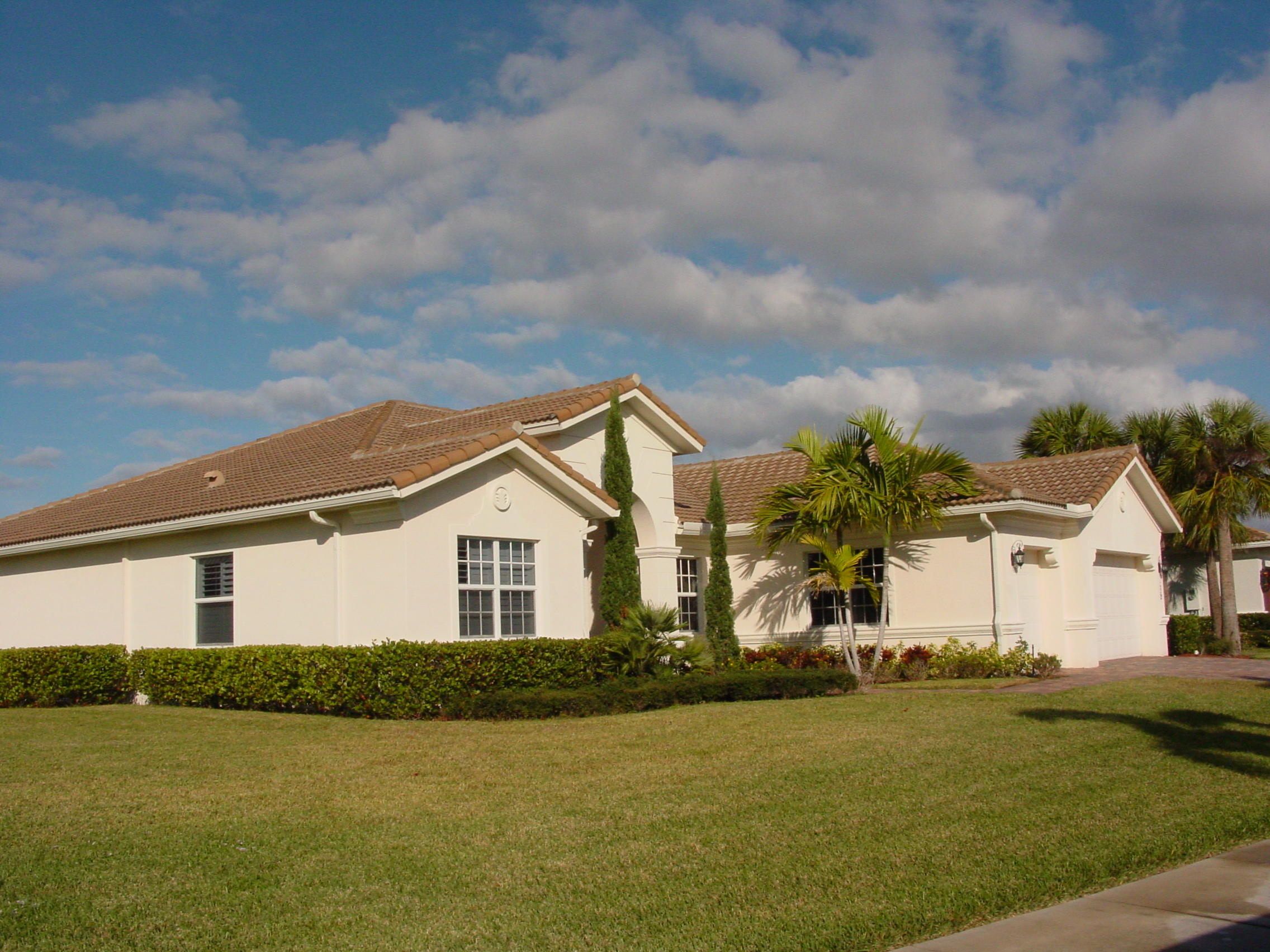 LOXAHATCHEE RESERVE HOMES