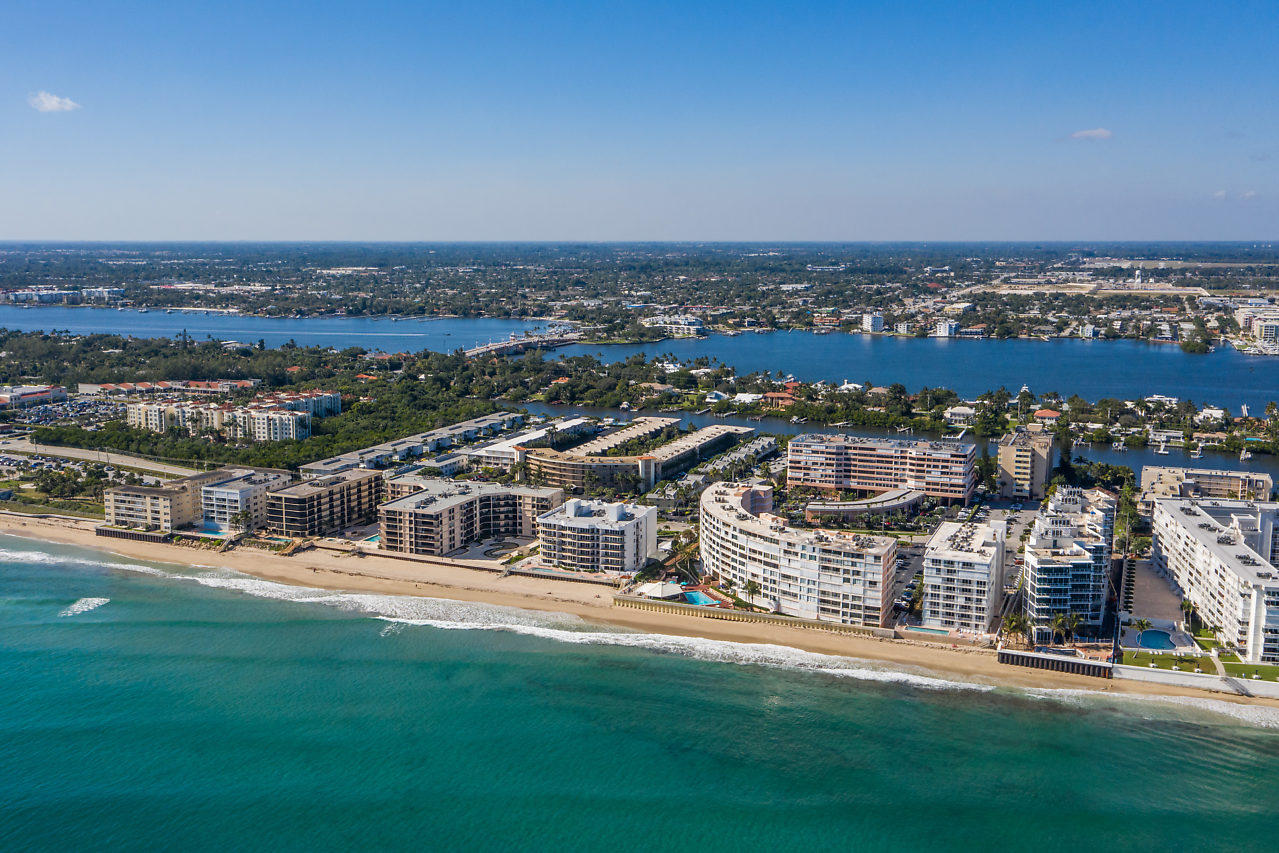 Home for sale in BARBICAN CONDO South Palm Beach Florida