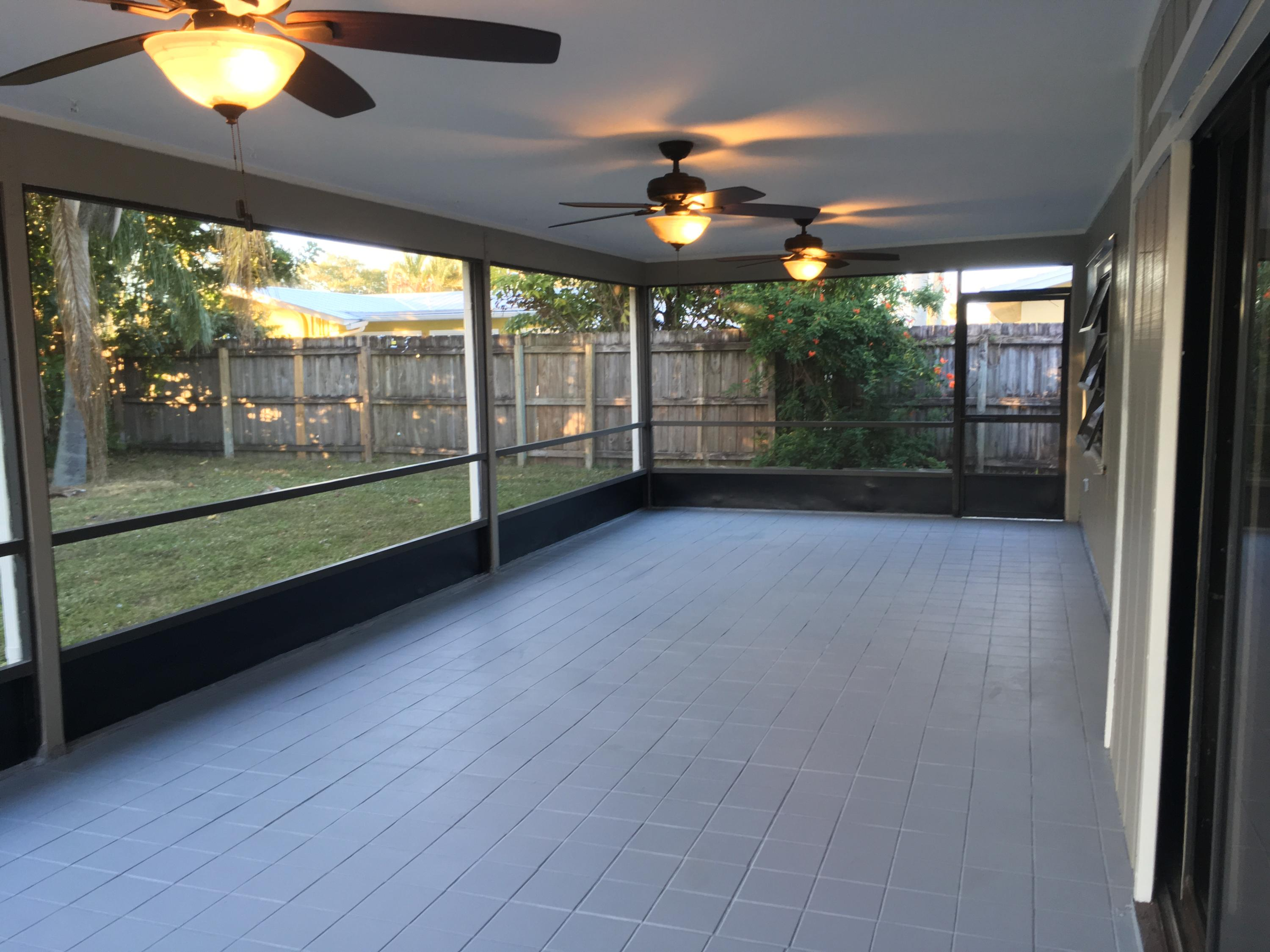 PALM BEACH GARDENS CITY OF PL 3 REALTY