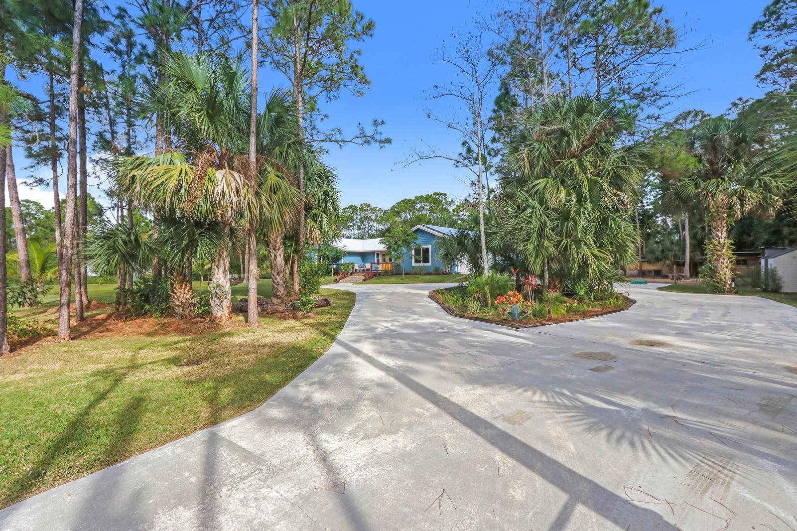 15698 77th Trail West Palm Beach, FL 33418