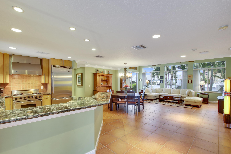 708 Kittyhawk Way, North Palm Beach, Florida 33408, 3 Bedrooms Bedrooms, ,2.1 BathroomsBathrooms,A,Single family,Kittyhawk,RX-10491372