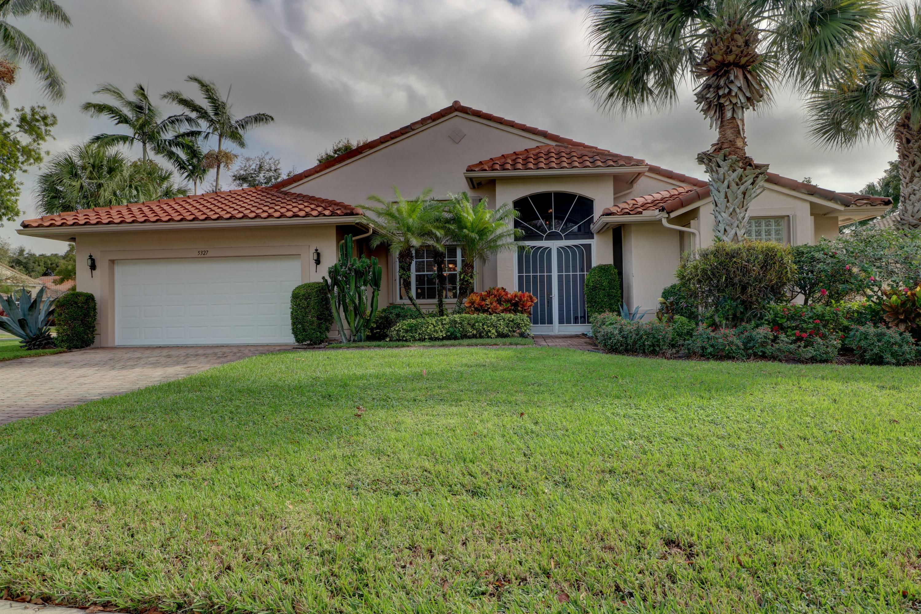 CASCADE LAKES home 5327 Landon Circle Boynton Beach FL 33437