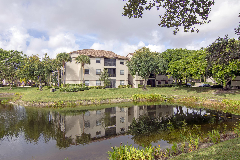 5154 Floria Drive N Boynton Beach, FL 33437