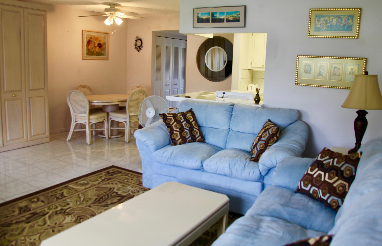 Photo of 403 Chatham T, West Palm Beach, FL 33417