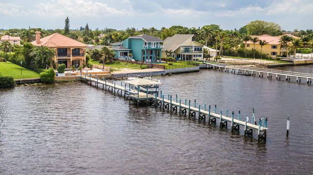 Photo of 1 18th Avenue S, Lake Worth, FL 33460