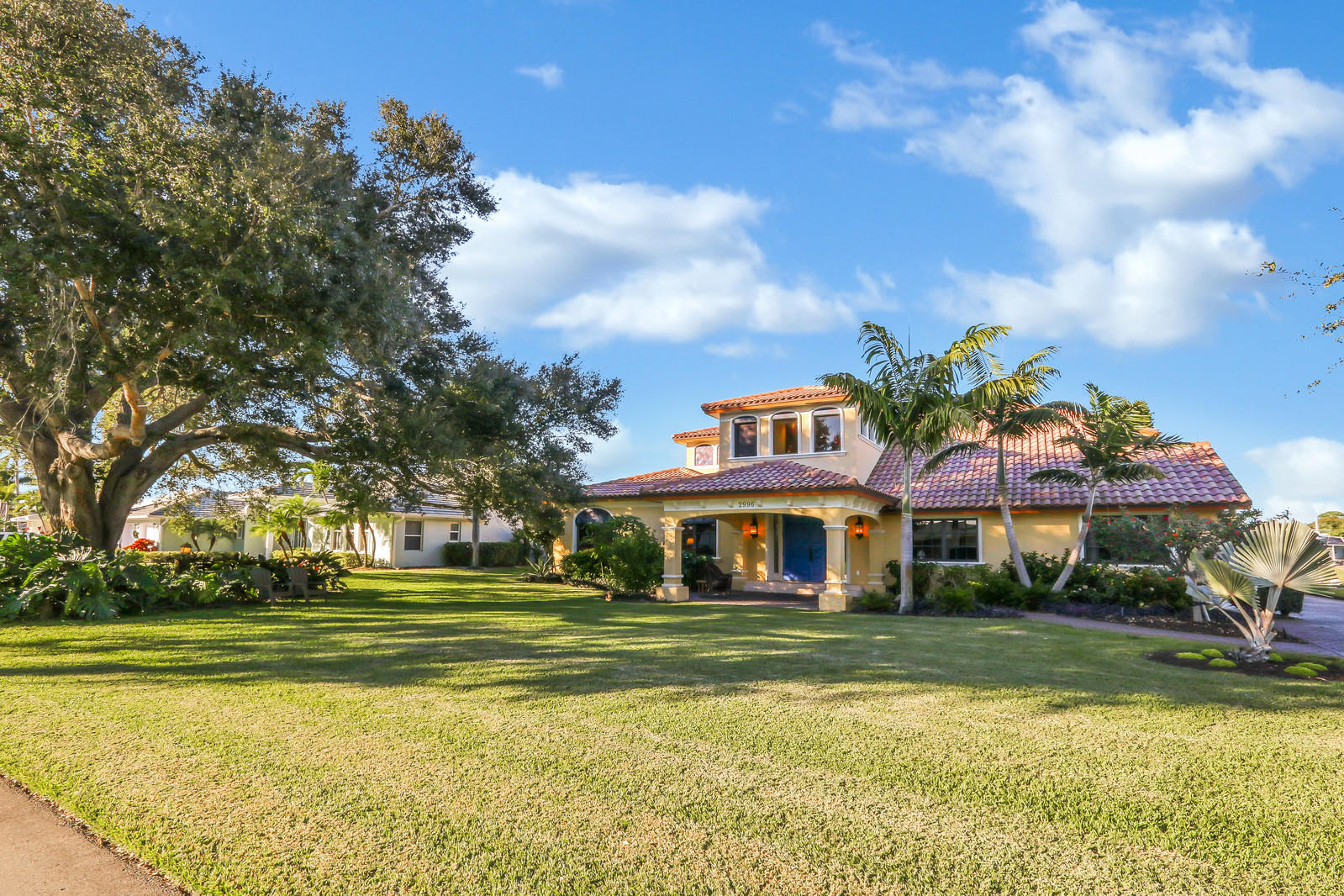 YACHT & COUNTRY CLUB OF STUART HOMES