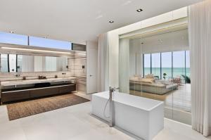 3715 S Ocean Boulevard , Highland Beach FL 33487 is listed for sale as MLS Listing RX-10494037 photo #25