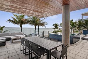 3715 S Ocean Boulevard , Highland Beach FL 33487 is listed for sale as MLS Listing RX-10494037 photo #32