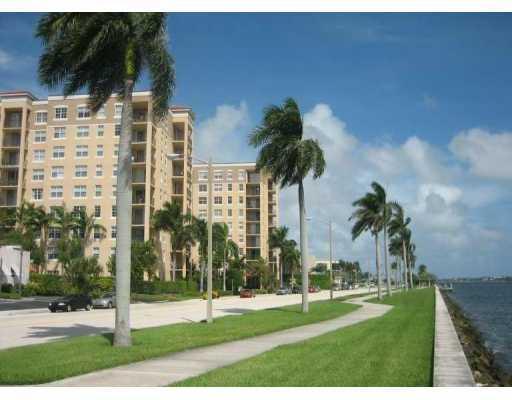 1801 N Flagler Drive 332 West Palm Beach, FL 33407