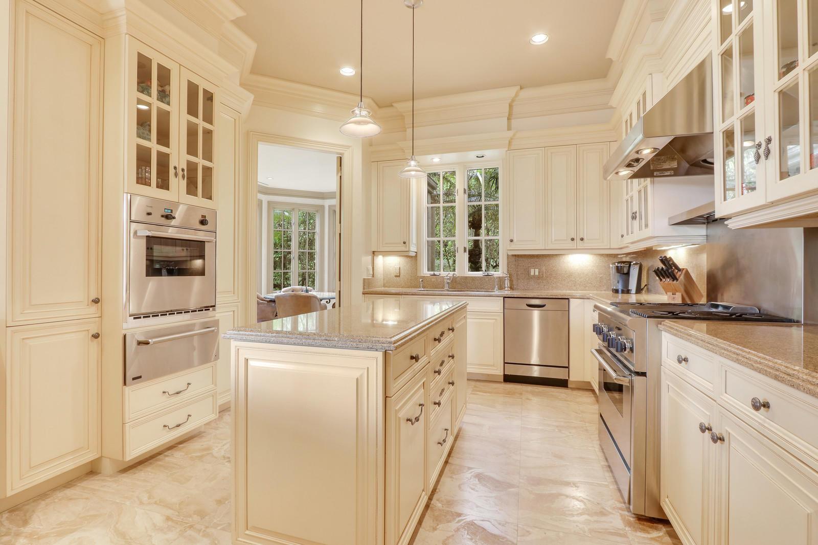 3140 Burgundy Drive, Palm Beach Gardens, Florida 33410, 6 Bedrooms Bedrooms, ,7 BathroomsBathrooms,A,Single family,Burgundy,RX-10491721