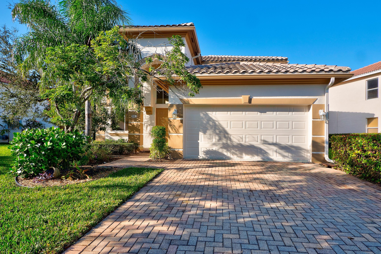 781 Cresta Circle West Palm Beach, FL 33413