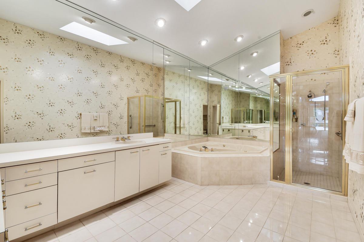 2643 Marseille Drive, Palm Beach Gardens, Florida 33410, 4 Bedrooms Bedrooms, ,5.1 BathroomsBathrooms,A,Single family,Marseille,RX-10492012