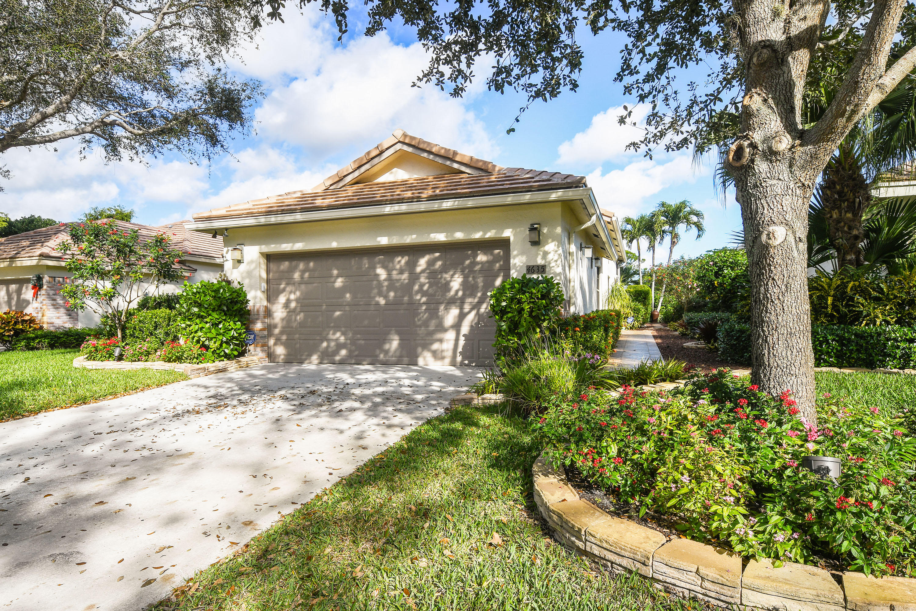 4635 Sherwood Forest Drive  Delray Beach, FL 33445