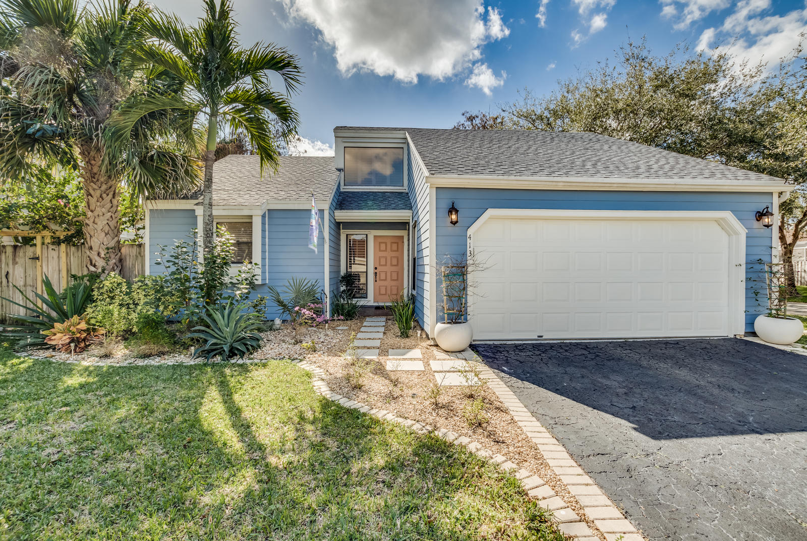 413 Park Forest Way Wellington, FL 33414