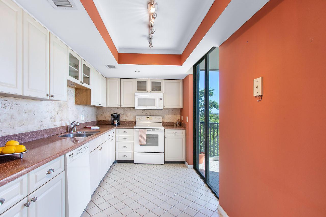 5951 Wellesley Park Dr 603, Boca Raton, FL 33433