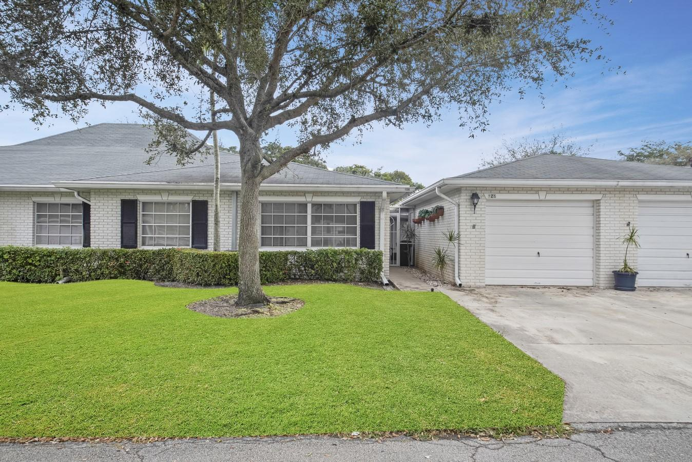 10106 42nd Drive Boynton Beach, FL 33436