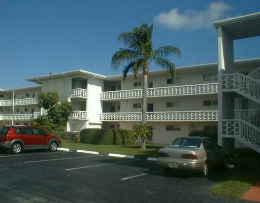 2721 Garden Drive 311 Lake Worth, FL 33461