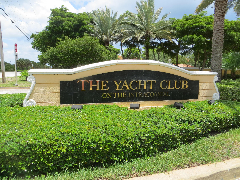 145 Yacht Club Way 112  Hypoluxo FL 33462