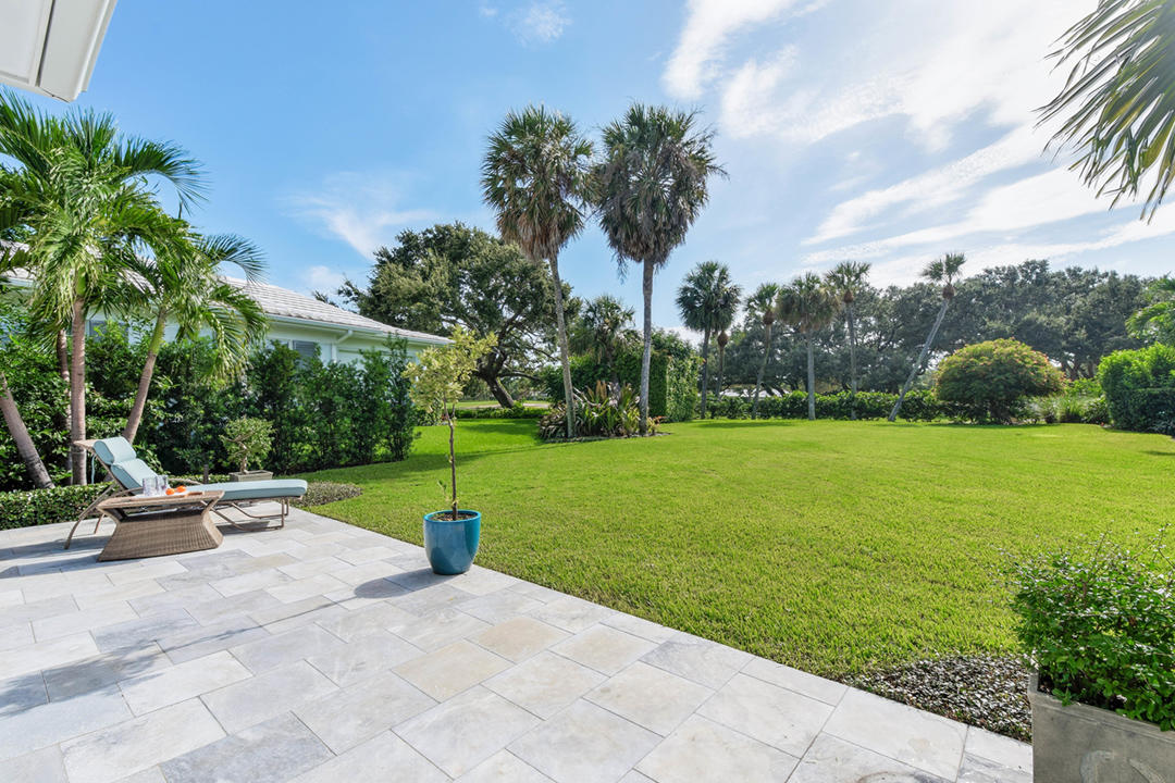 LOST TREE VILLAGE NORTH PALM BEACH REAL ESTATE