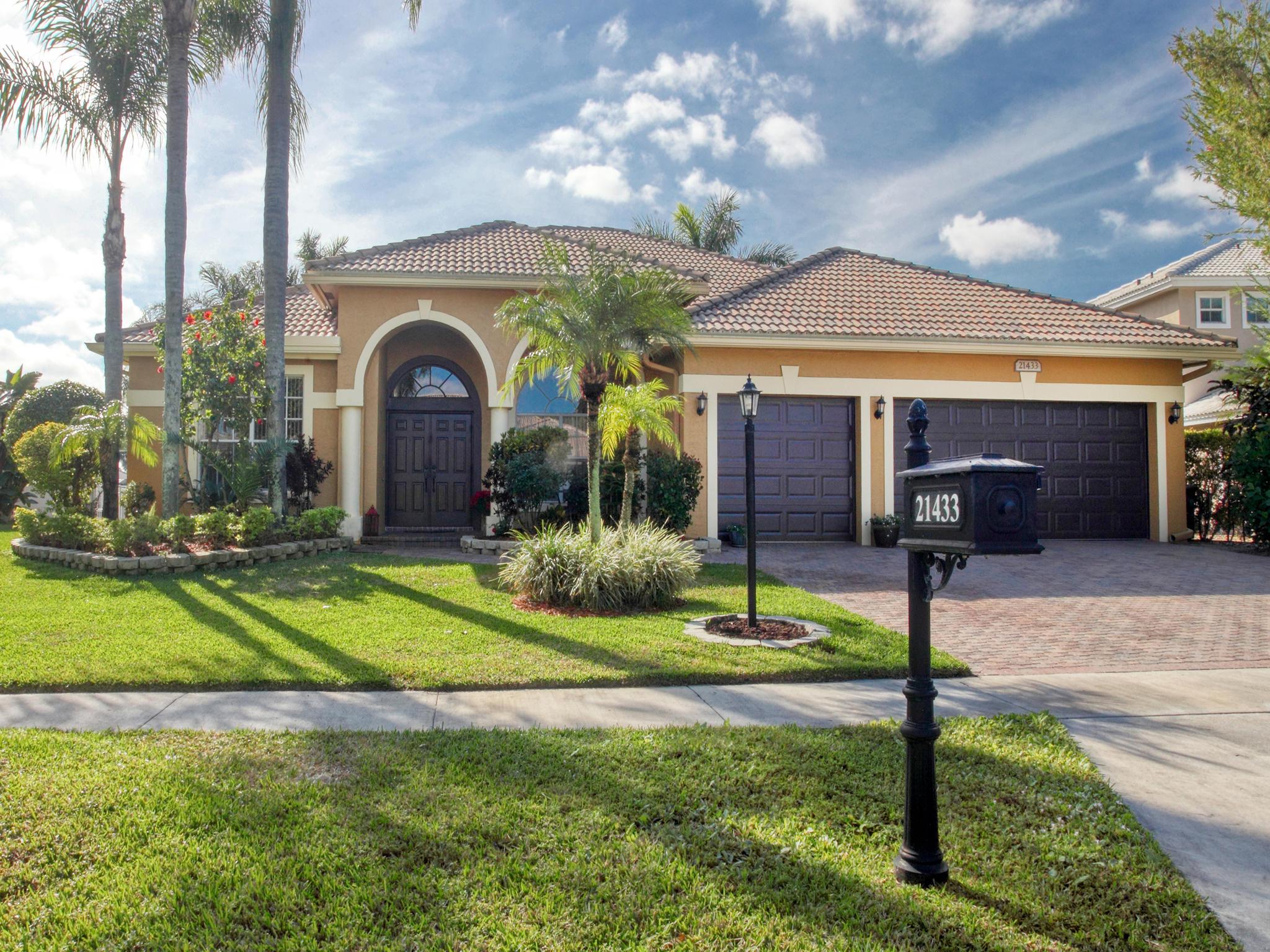 Photo of 21433 Crestfalls Court, Boca Raton, FL 33428