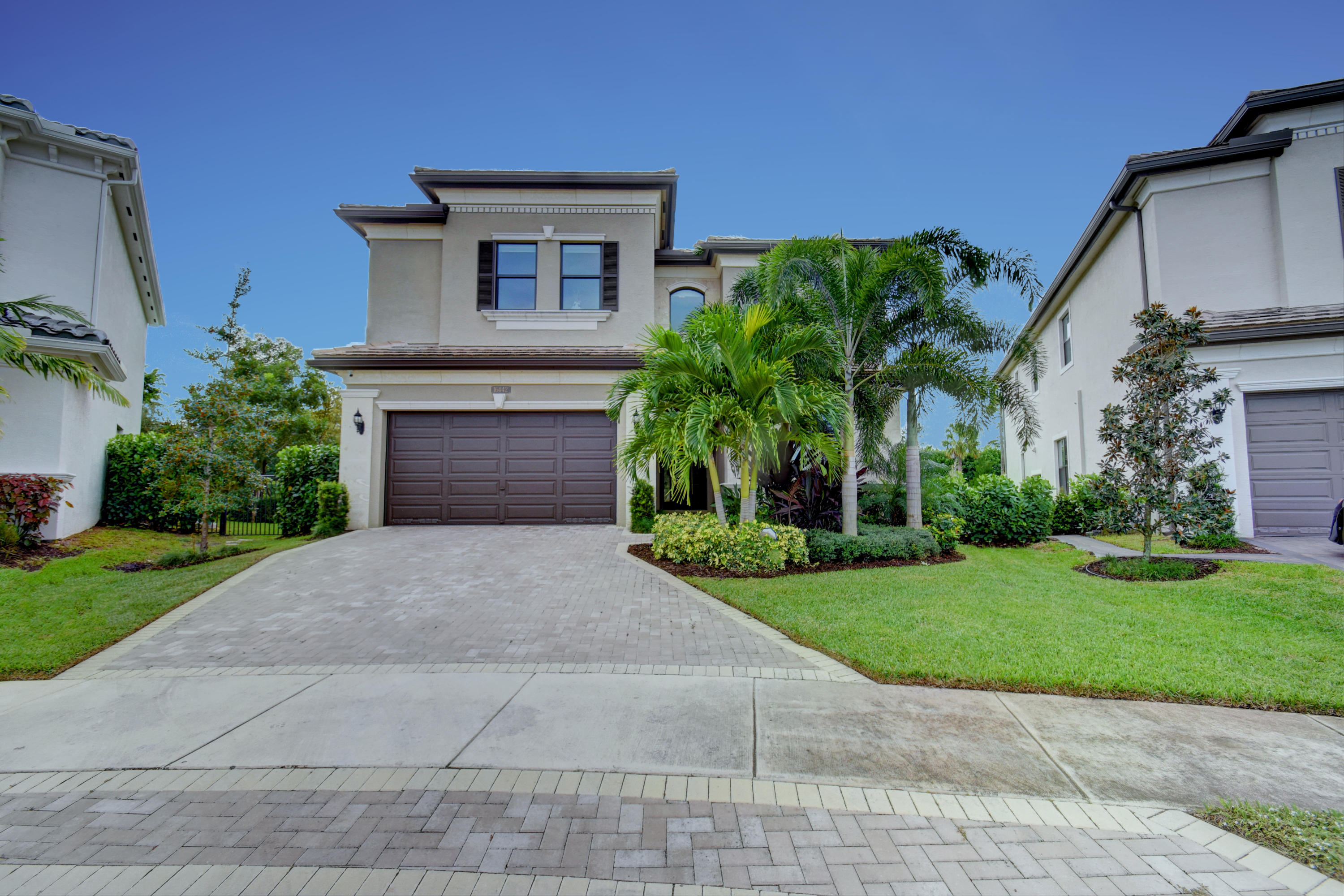 16442 Pantheon Pass  Delray Beach, FL 33446