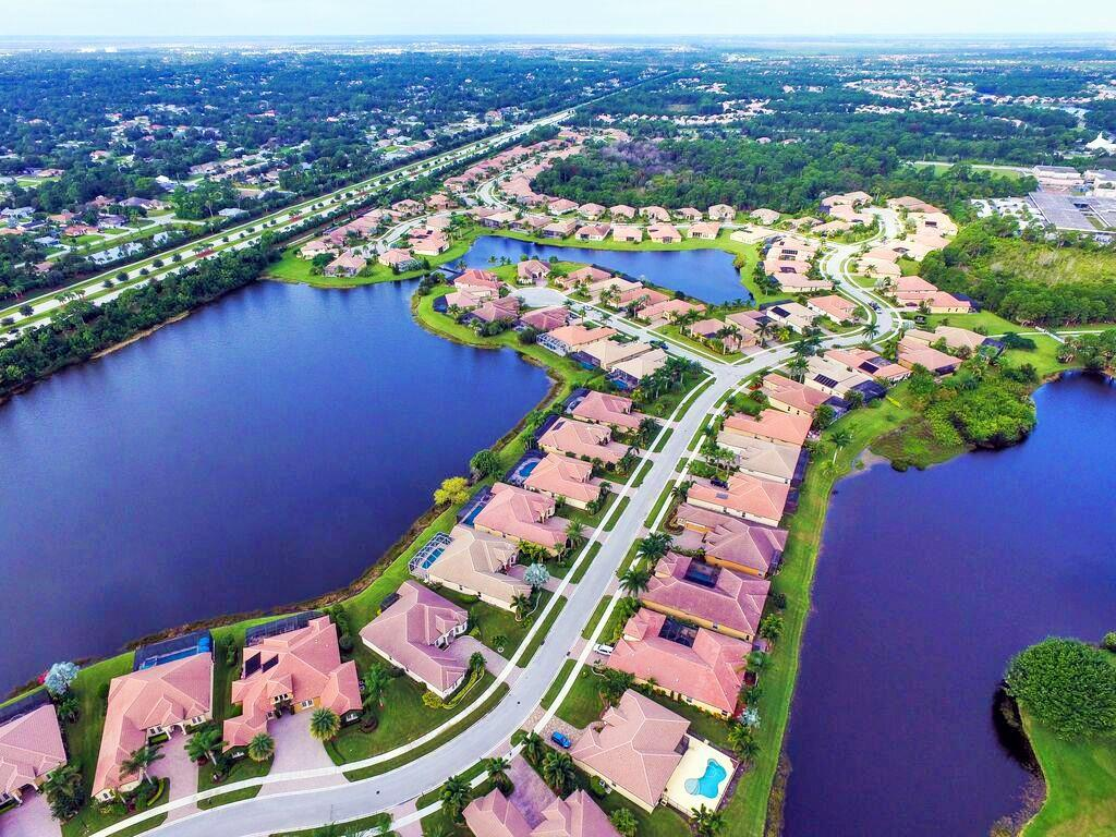 ST LUCIE WEST PLAT #130 TORTOISE CAY AT ST LUCIE WEST PHASE 1 LOT 24 (OR 2954-2778)