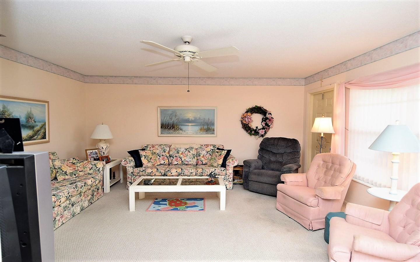 CEDAR POINTE VILLAGE NO 5 APT 8 N OR 355/2253
