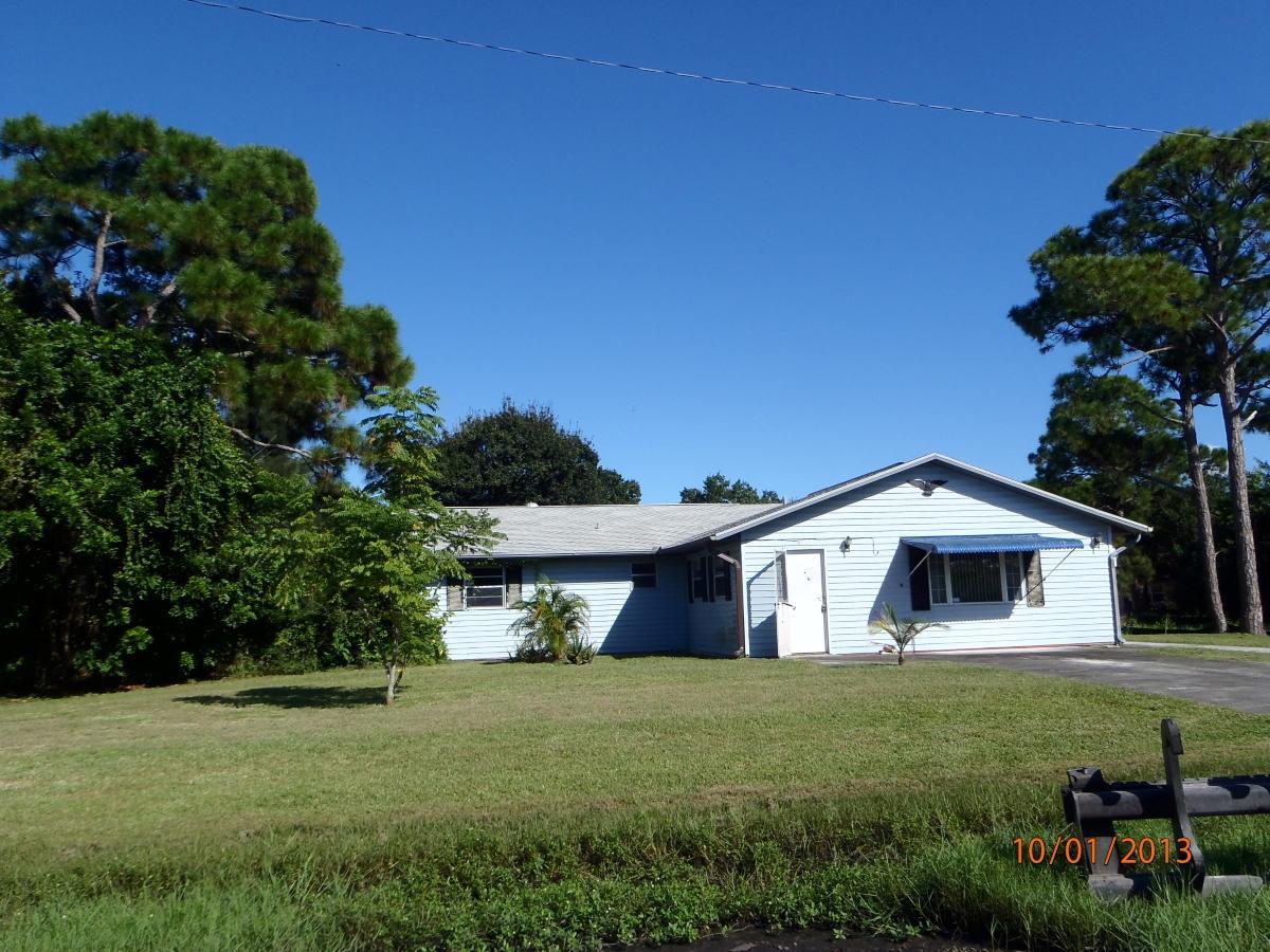 5902 Hickory Drive  Fort Pierce FL 34982
