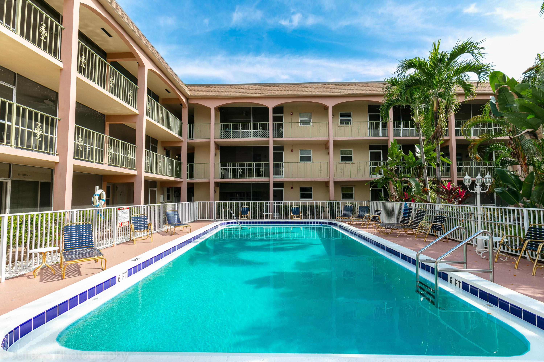 100 SE 6th Avenue, 203 - Pompano Beach, Florida