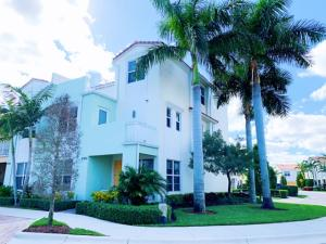 Centra Blue Lake Townhomes - Boca Raton - RX-10493243